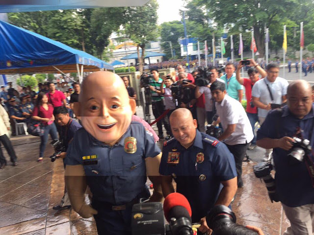 LOOK: PNP Chief Ronald M. Dela Rosa meets 'Bato'