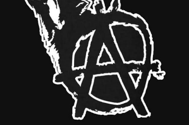 Μαθήματα μίσους στο Ναύπλιο και αφωνία για πανεπιστημιακή σχολή στο Άργος