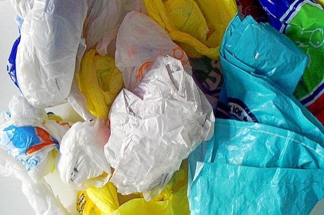 Retiro de bolsas de plástico en comercios está firme