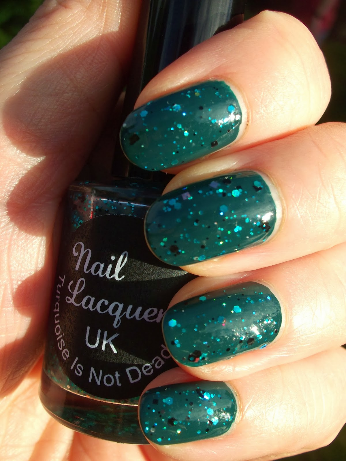 Knitty Nails: Nail Lacquer UK Turquoise Is Not Dead