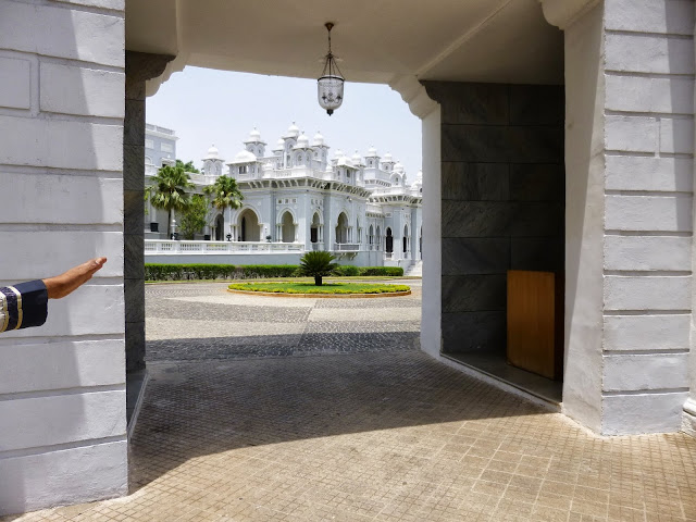 Falaknuma Palace Images: side building done in Mughal style