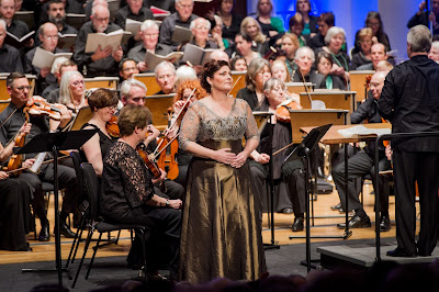 Sally Silver, with Andrew Greenwood and Chelsea Opera Group in Verdi's Il Trovatore - photo Robert Workman