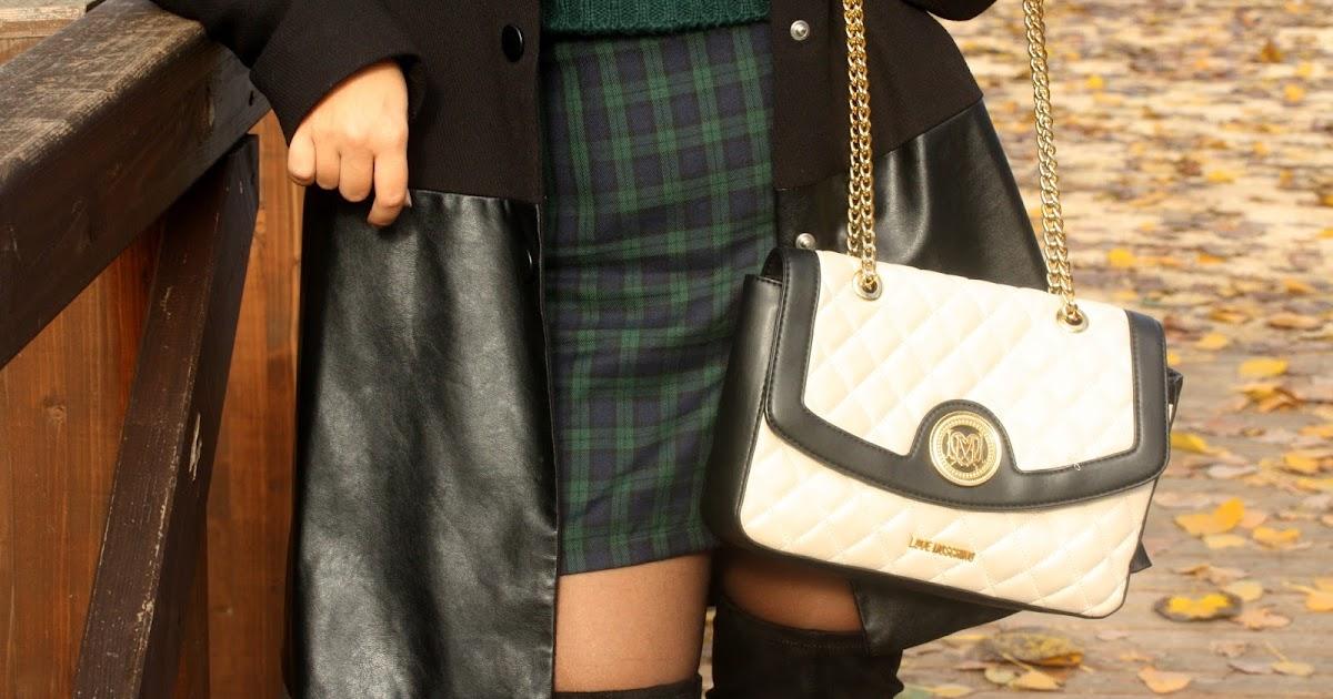 Outfit in verde dal motivo scozzese e.. Stivali sopra il ginocchio!