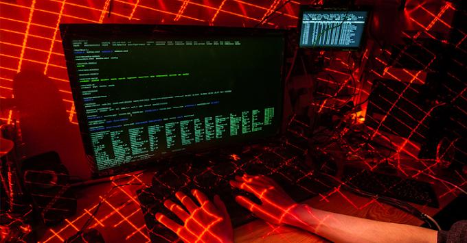 Hackers Chinos apuntan a universidades Estadounidenses, en mira de secretos militares.
