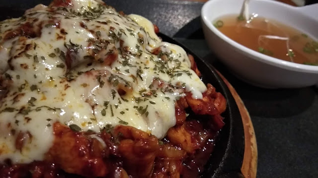 Makanan Korea di Seoul Chicken