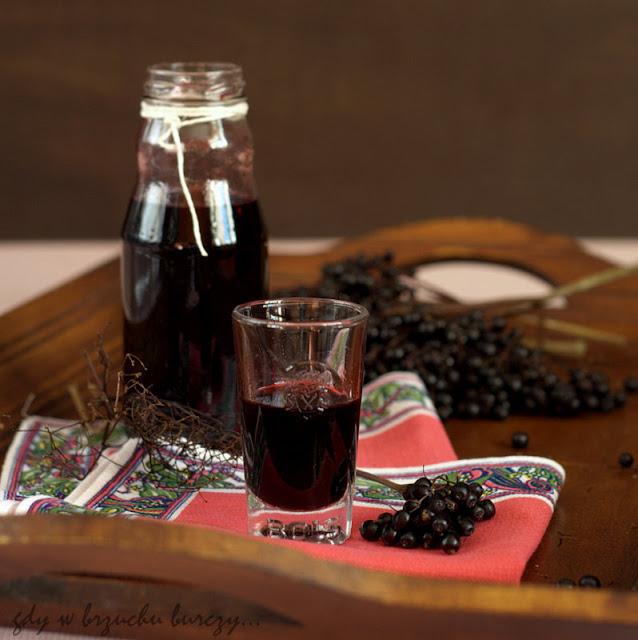 sok z owoców czarnego bzu, syrop na kaszel