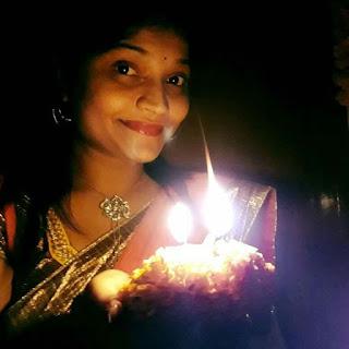 Tv actress Shivani aka Shashi aunty latest photos Navel Queens