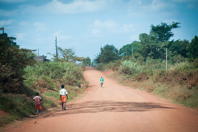 Din Karuma spre Masindi, Uganda