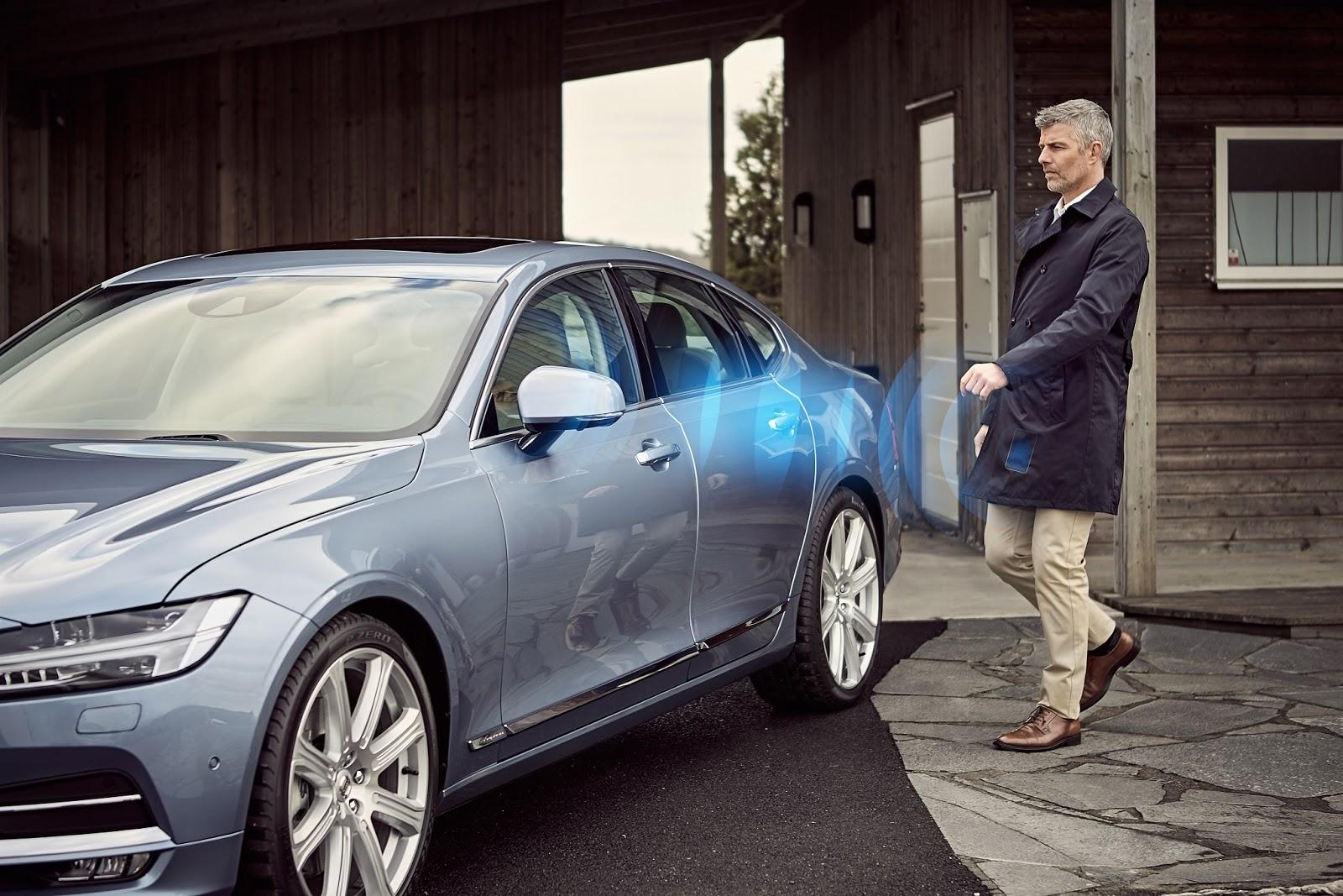 VOLVO%2BDIGITAL%2BCAR%2BKEY%2B1 Απο το 2017 η Volvo θα αντικαταστήσει το κλειδί με μια εφαρμογή στο κινητό