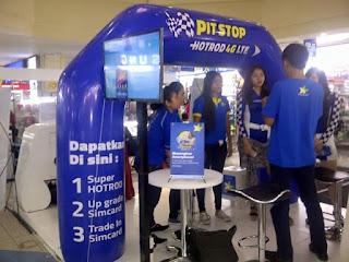 balon gate pvc untuk keperluan promosi yang di letakan di stand pameran