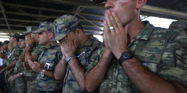 """Ο τουρκικός στρατός χάνει στη βόρεια Συρία και ζητά βοήθεια από τον """"διεθνή συνασπισμό""""!"""