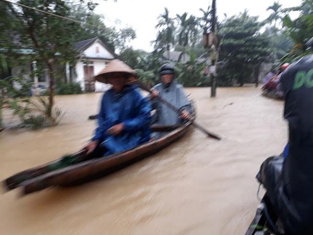 Chùm ảnh lũ lụt tại Giáo xứ Dương Sơn – Huế - Ảnh minh hoạ 15