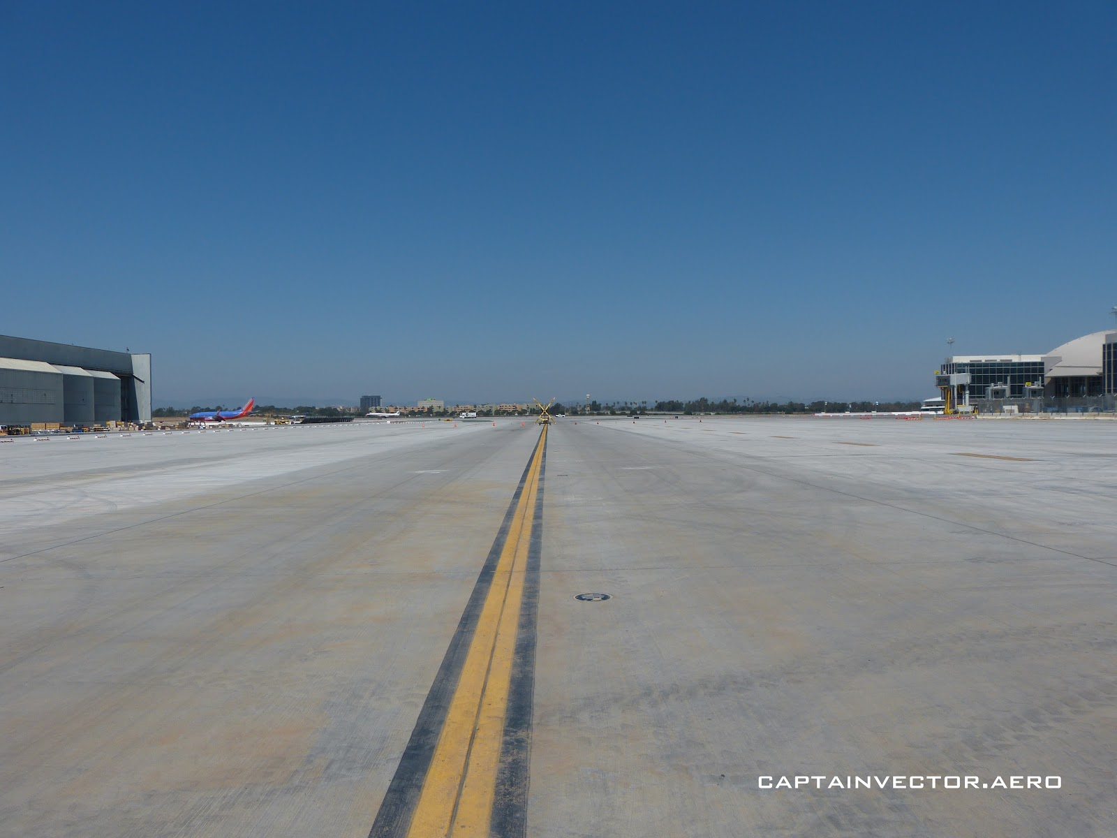View From The Control Tower  Taxiway Tour