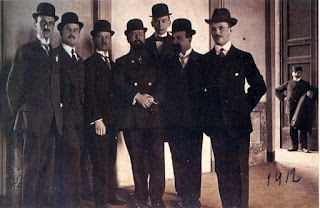 Giorgio Muggiani (second left) pictured in 1912 with some of his fellow founding members of Internazionale