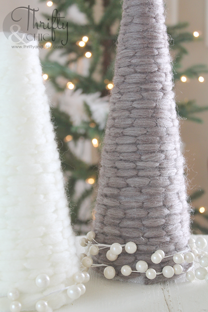 Yarn wrapped Christmas trees -easy Christmas craft, great for children to help!