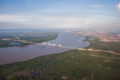 Puente Orinoquia, Río Orinoco