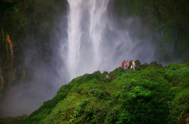 Air Terjun Sipiso-piso tempat wisata di Medan yang wajib dikunjungi