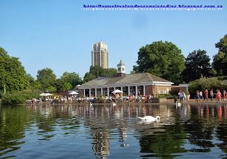 Restaurante Lido en la orilla del Lago Serpentine, en Hyde Park.