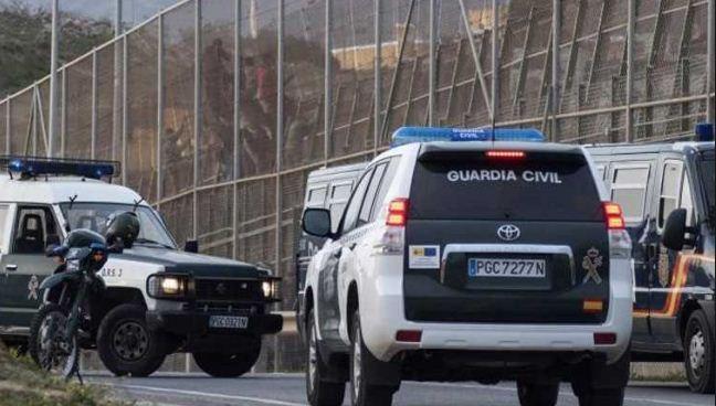 إسبانيا ترفع حالة التأهب في المعابر مع المغرب