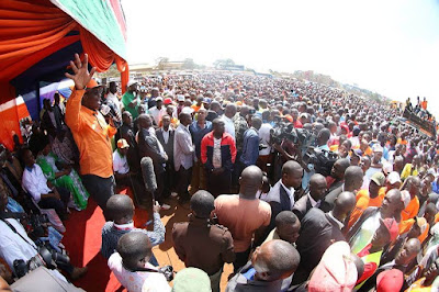 Nairobi Governor Evans Kidero in a Madaraka day rally in Nairobi. PHOTO | EOK