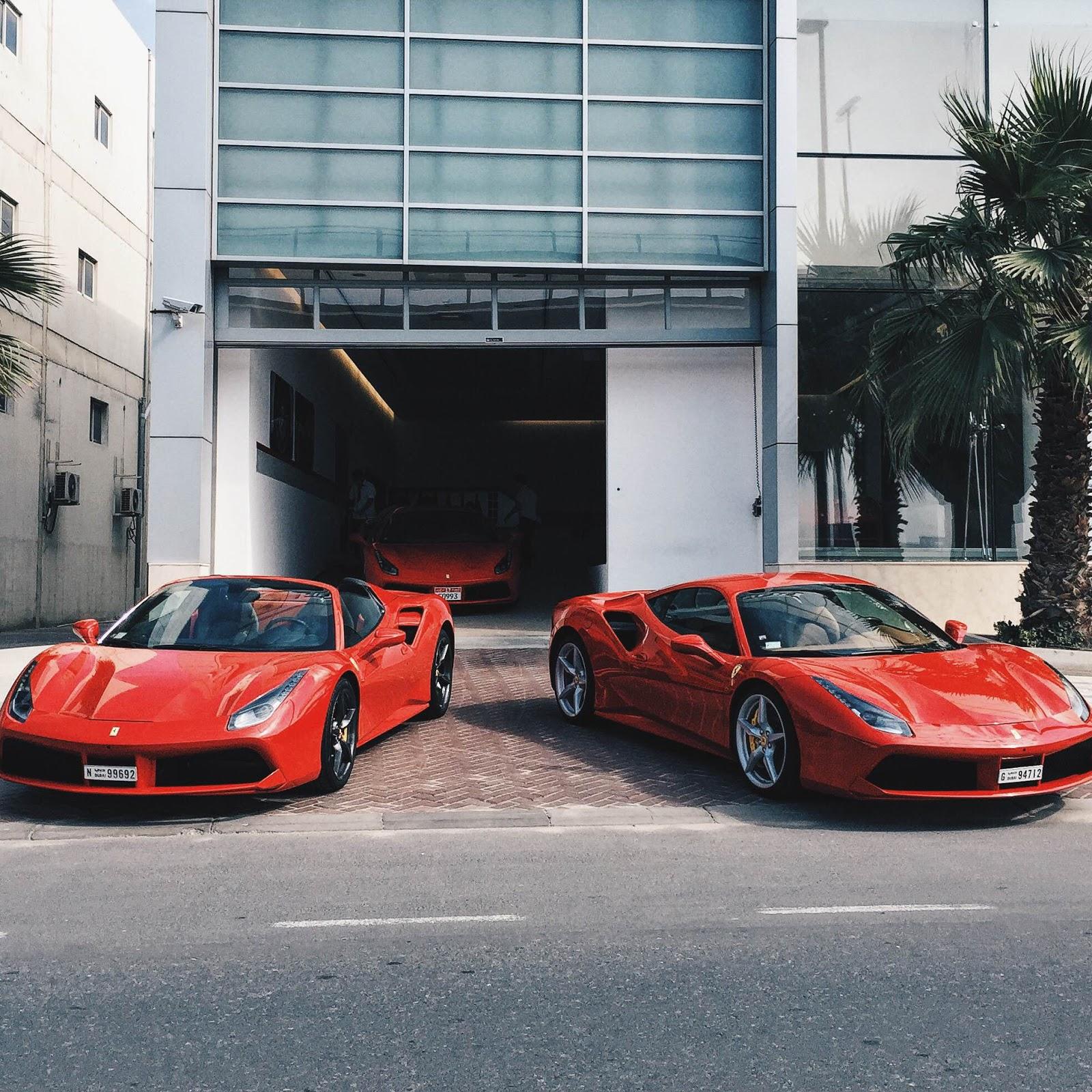 Dubai Desert Blogger: The Luxury Supercars Of Arabia