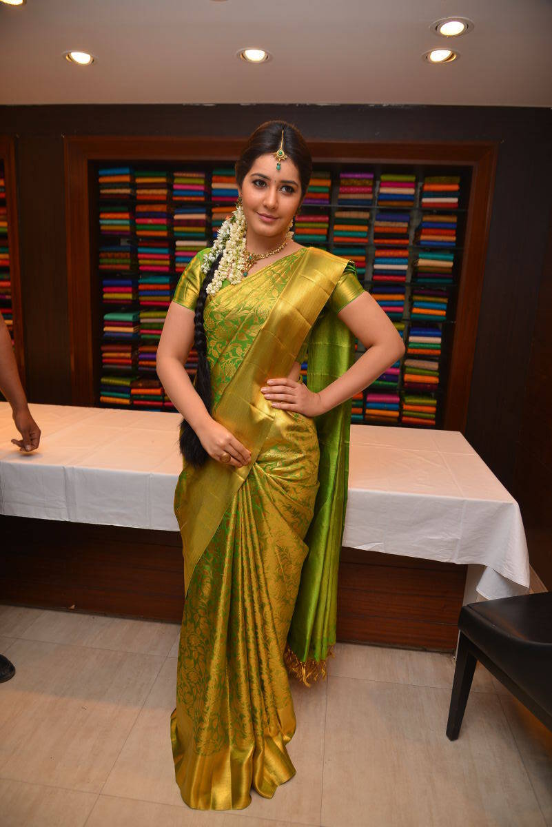 Rashi Khanna Stills In Green Kanchipuram Saree