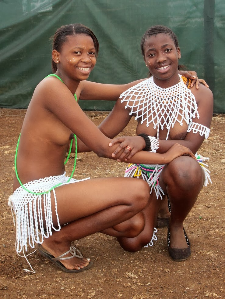 Naked Zulu Girls Reed Dance-9687