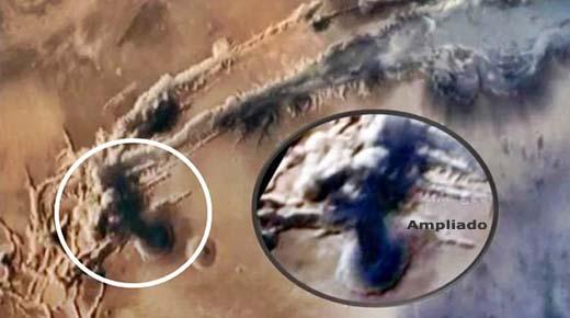 Hongo nuclear fotografiado por el orbitador de la India confima masiva explosión sobre Marte