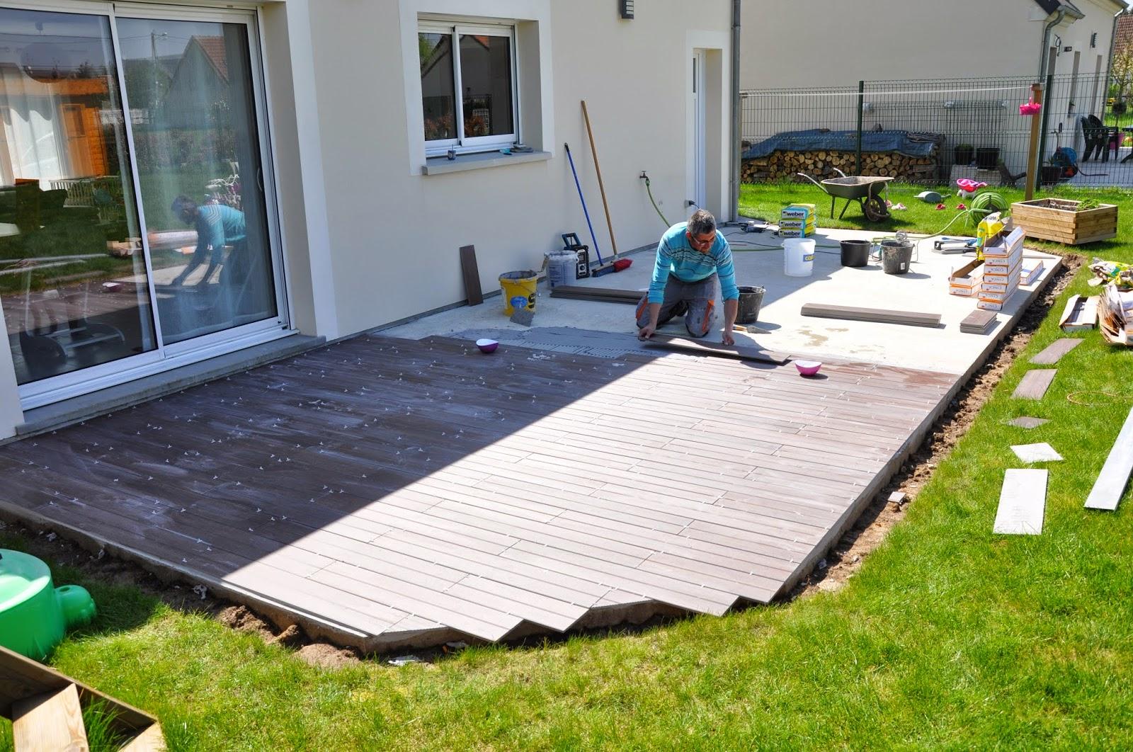 la construction de lac terrasse. Black Bedroom Furniture Sets. Home Design Ideas