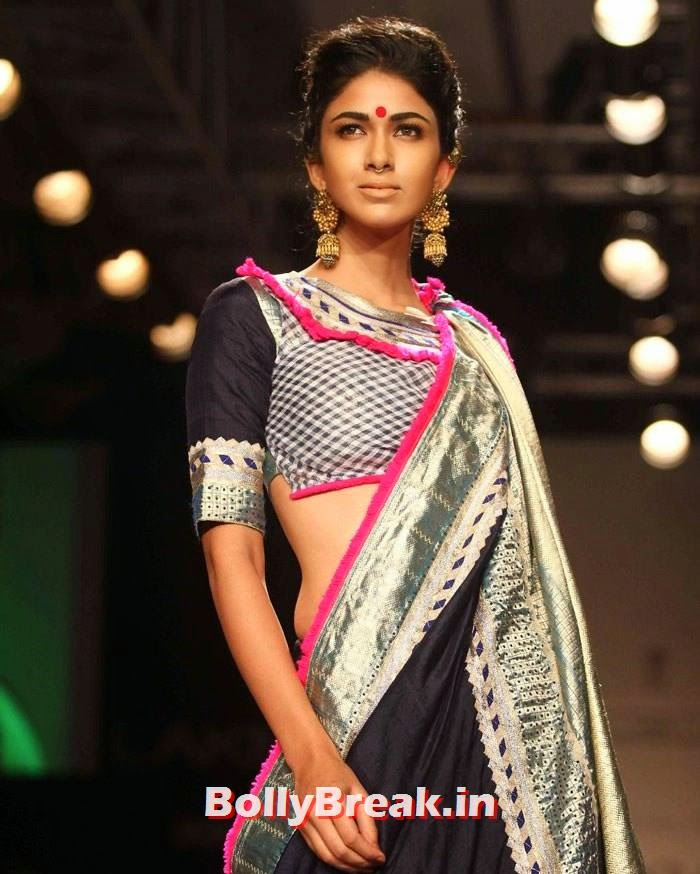 Reha Sukheja, Indian Female Models in Saree - Lakme Fahsion Week Ramp Walk