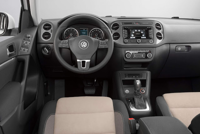 VW Tiguan 2.0 TSI 4Motion 2016 - interior
