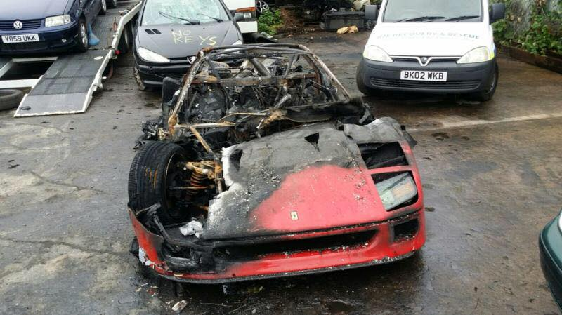 Ferrari-F40-burn-2.jpg