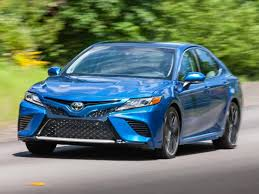 2018 Toyota Camry XSE V-6 front