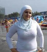 مصرية مقيمة فى البحرين ابحث عن زواج واستقرار بالبحرين