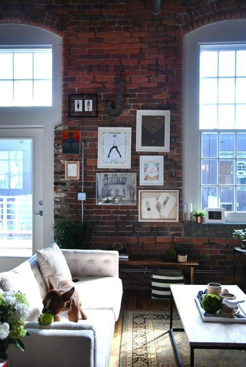 I De A Red Brick Walls In The Living Room