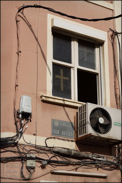 fotografia,cruz,cartagena,arriba_extraña,precinto,ventana