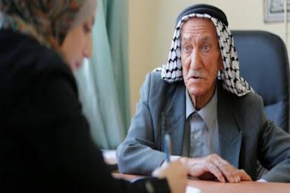 Usia 81 tahun, Warga palesina Ini Terus Belajar