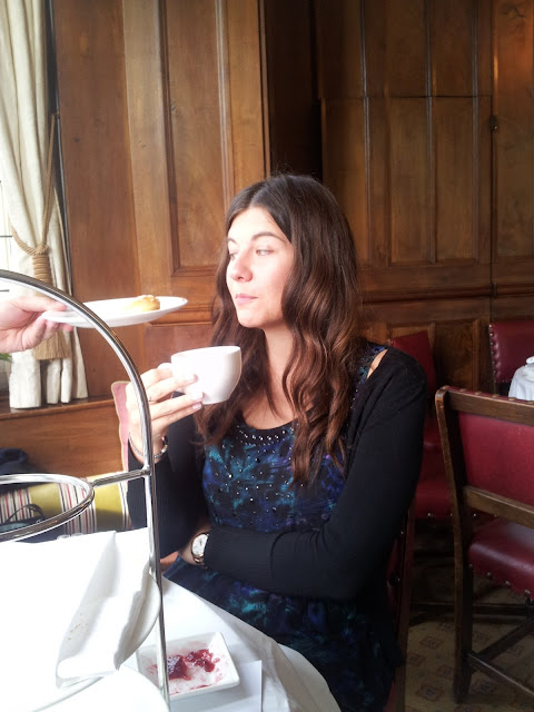 cake tea happy