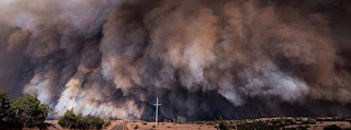 The Rhea Fire that started on April 12, 2018 in Western Oklahoma grew quickly with Red Flag fire weather conditions and has now consumed over 100 000 hectares (246 000 acres).(Credit: watchers.newswatchers.news) Click to Enlarge.