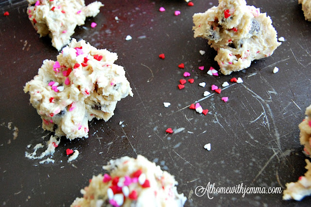 sprinkles-cookie-dough-baking-homemade-baking-tip-jemma