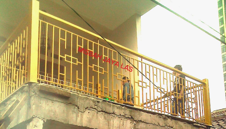 Balkon Minimalis Cilandak