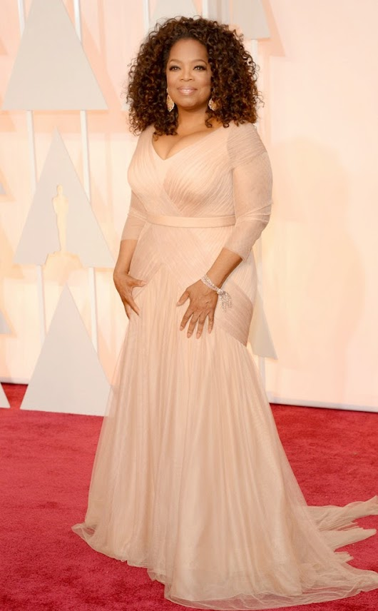 2015 Academy Awards Arrivals: Oprah in Vera Wang