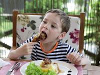 Solusi Mengatasi Anak yang Susah Makan