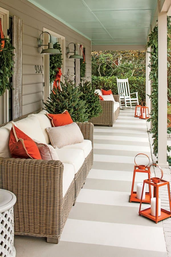 http://www.apartmenttherapy.com/inspiring-ways-to-perk-up-your-patio-with-just-paint-or-chalk-229826