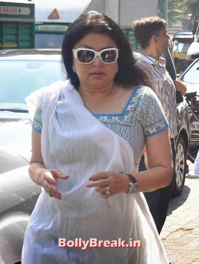 Kiran Juneja, Celebs Visit Ravi Chopra's Funeral
