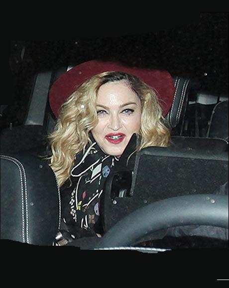 Madonna disfruta dia accion de gracias en espana