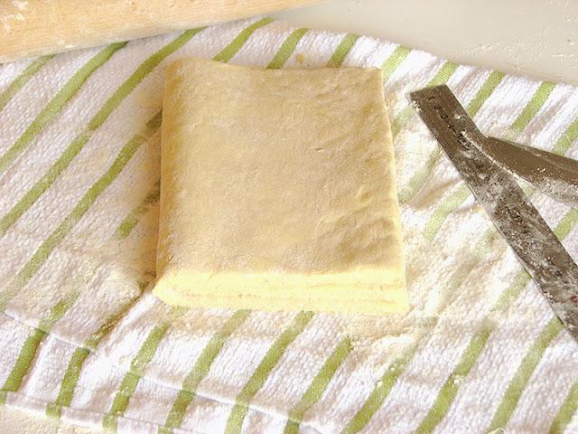 Pâte feuilletée rapide (15 minutes de préparation).