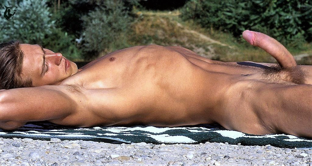 Topless sunbathing defended by french interior minister