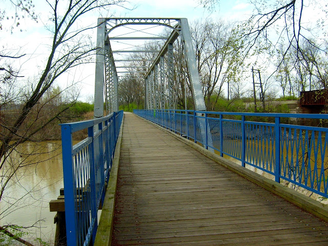 Dearborn Trail - Tanners Creek Bridge