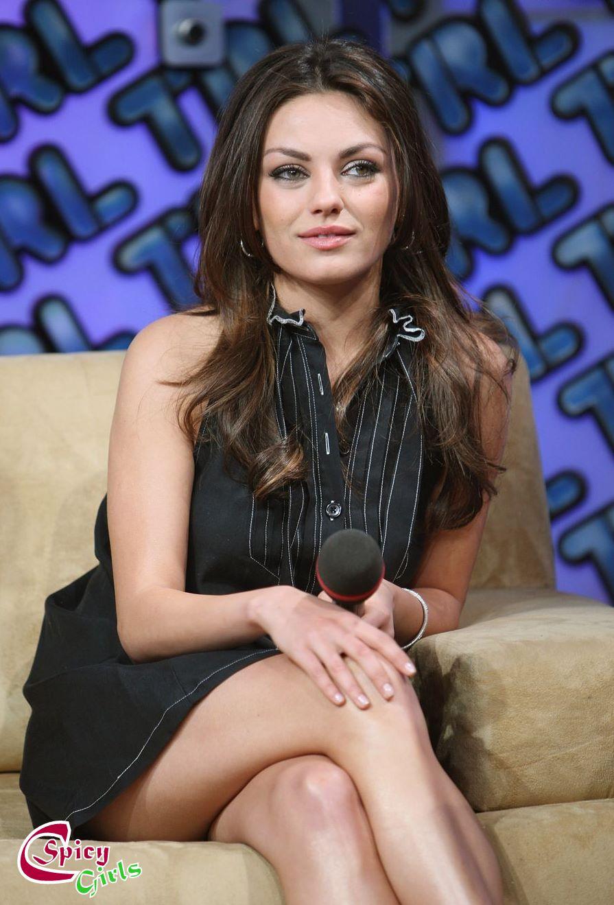 Hot And Spicy Actress Mila Kunis Sexy Bikini Photoshoot Stills - Celebrity Spicy Girls-2608